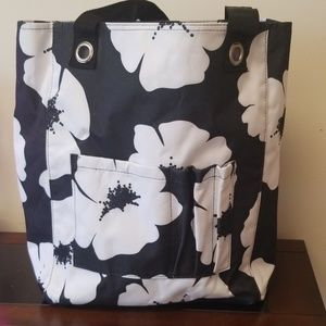 Thirty-one tote. Black and white.
